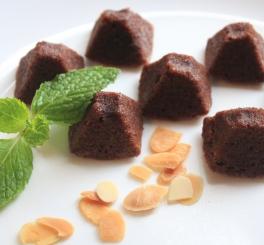 Pirâmide de Chocolate e Amêndoas (sem farinha de trigo)