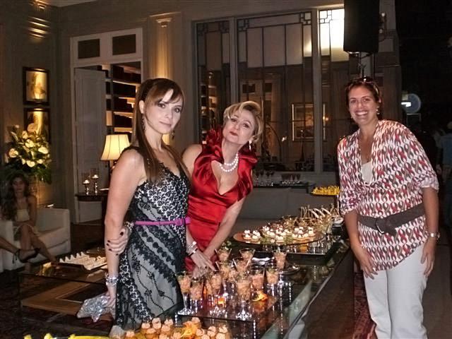 Michele e as estrelas Zezé Polessa e Debora Falabella no set de