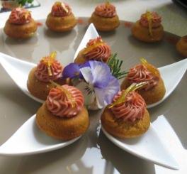 Pain d'épice com Patê de Foie Gras e Confit de Laranja