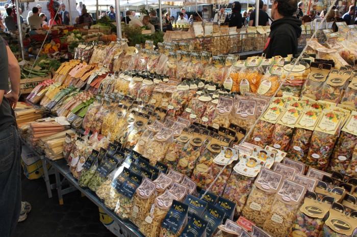 Campo de' Fiori - Pastas e mais Pastas...difícil escolher...