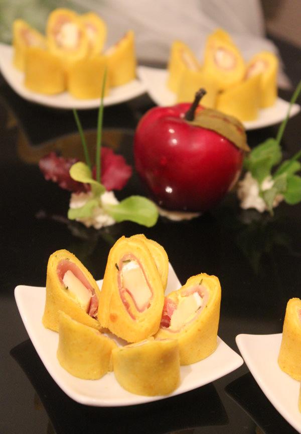Mini Crepe de Parma, Brie e Mostarda ao Estragão