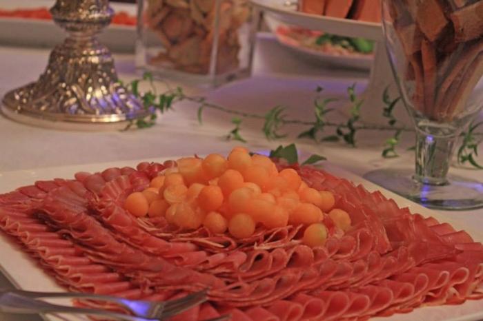 Presunto de Parma com Pérolas de Orange