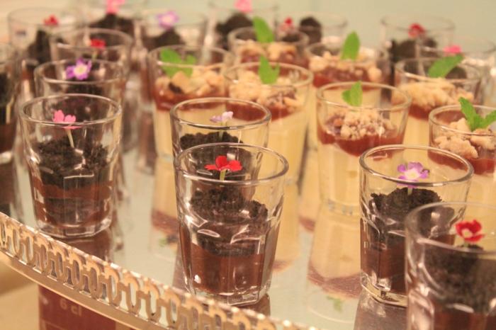 Verrine com Mousse de Chocolate e Farofinha de