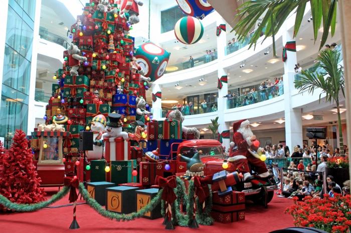 Natal no Shopping Leblon - Tema Caixas de Presente