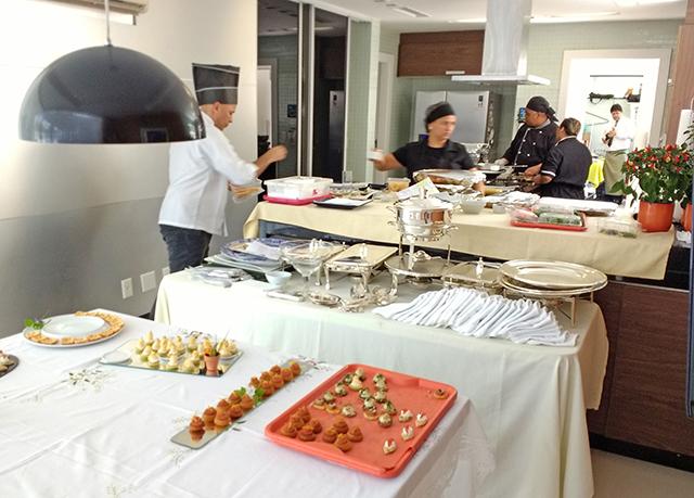 Serviço de Buffet para Almoço com 30 convidados