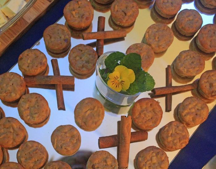 Mini Muffin de Banana, Castanha do Pará e Chocolate