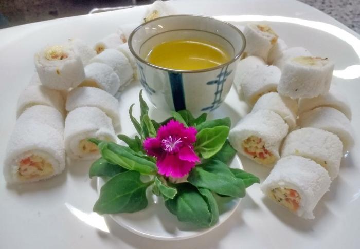 Tapioca de Coalho, Tomate e Perfume de Tomilho com Manteiga de Garrafa